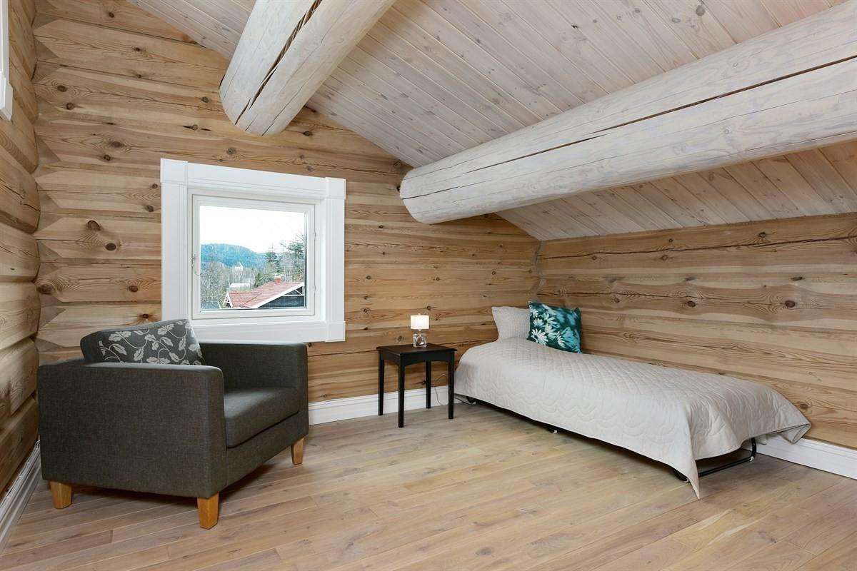 Laftet_hytte_Moderne